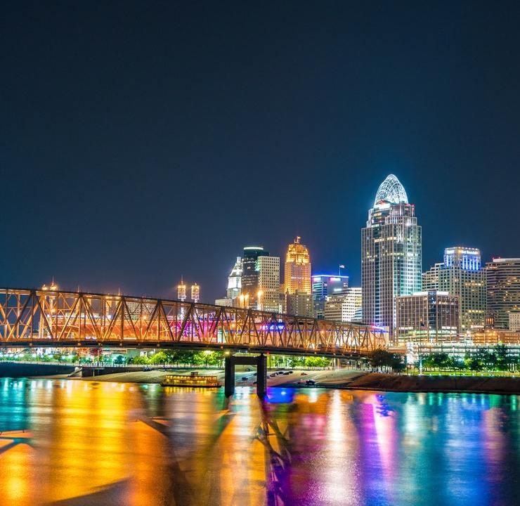 Colorized photo of Cincinnati Skyline