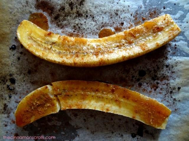 Brûléed Banana Sundaes with Peanut Butter-Honey Toffee Sauce | thecinnamonscrolls.com | @cinnamonscribe