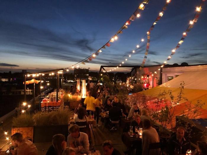 Zwoele zomeravonden bij pop-up restaurant Groovy Tables in Amsterdam