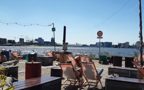 Lunchen bij Pllek in Amsterdam Noord
