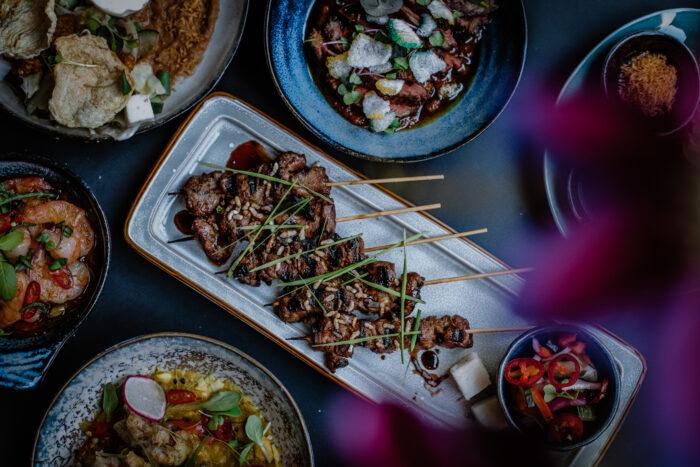 TIWYA in Rotterdam. Authentieke Indonesische keuken meets hippe cocktailbar