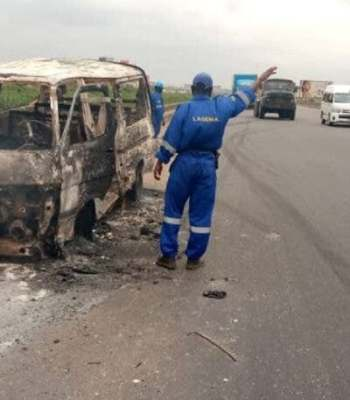 One Roasted To Death, Others Injured On Lagos/Ibadan Expressway Bus Inferno {Photo}