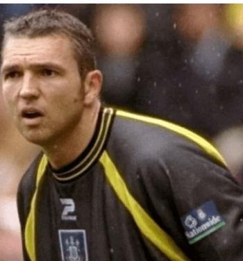 Just-In: Arsenal Goalkeeper Alan Miller Is Dead