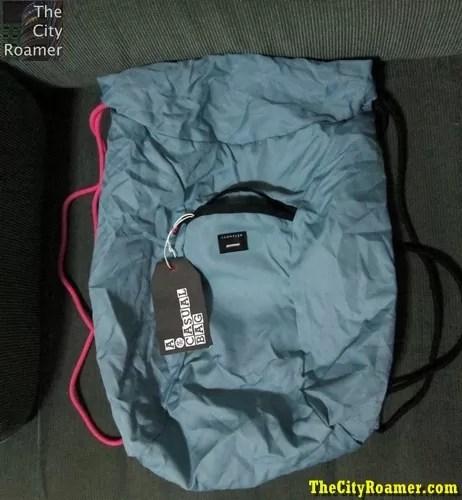 Crumpler - The Squid Bag spread