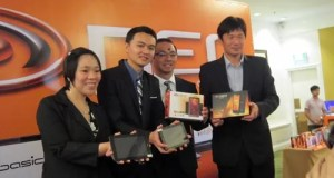 Neo Executives at the OmniPad Launch