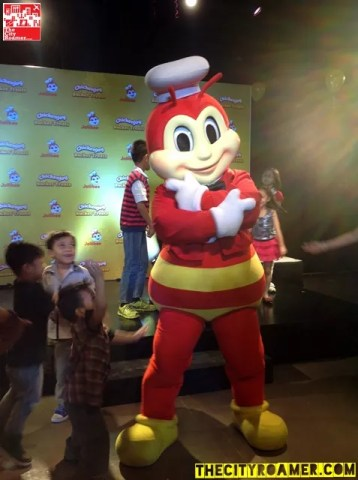Jollibee Mascot Dancing at the Christmas Party