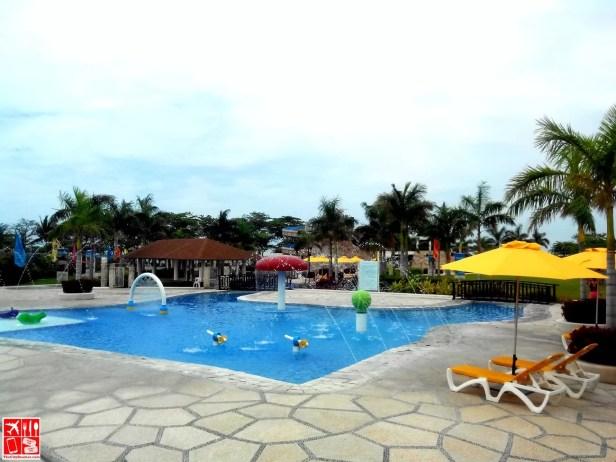 Kiddie Pool at Aquaria Beach Resort