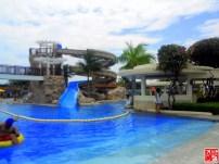 The giant slide at Aquaria Beach Resort