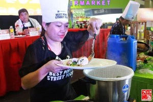 Angelica Libed cooks her winning dish at the Best Pinoy Street Food 2015
