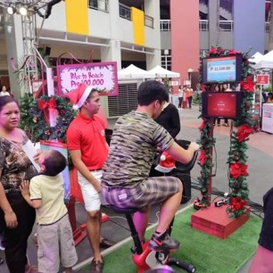 Bike to reach Php100,000 for World Vision at Robinsons Supermarket Give Wellness event