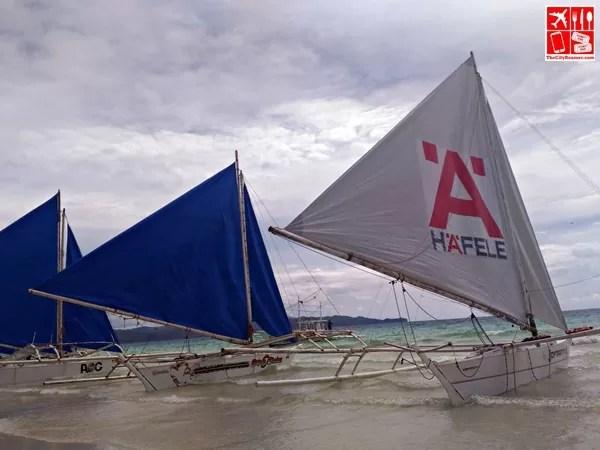 Boats ready for sailing in Boracay