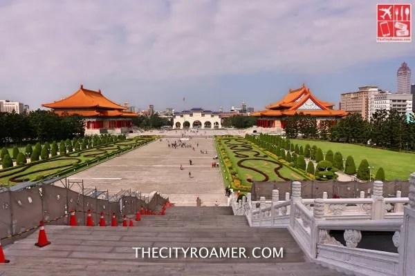 The Liberty Square from Chiang Kai-shek Memorial hall_Fotor