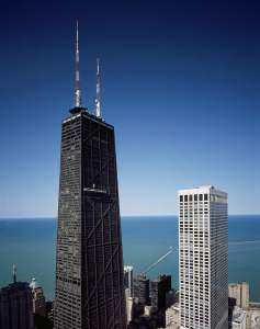 willis tower and lake michigan skyline