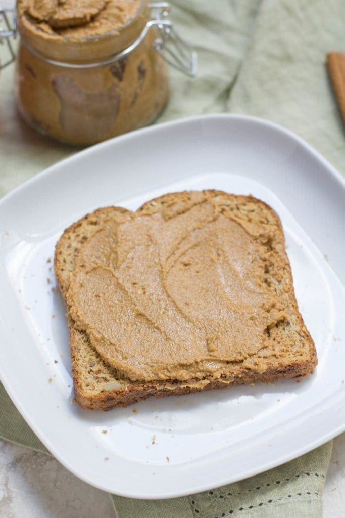 Healthy Gingerbread Cashew Butter