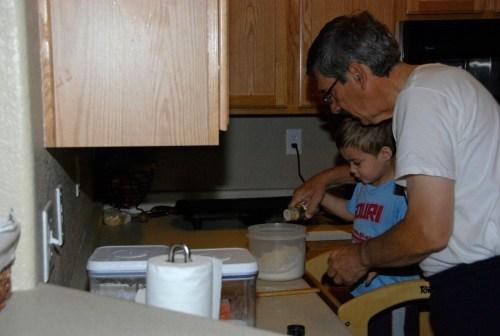 Making_pancakes-2