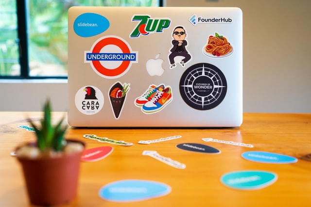 Stickers dropshipping featured image
