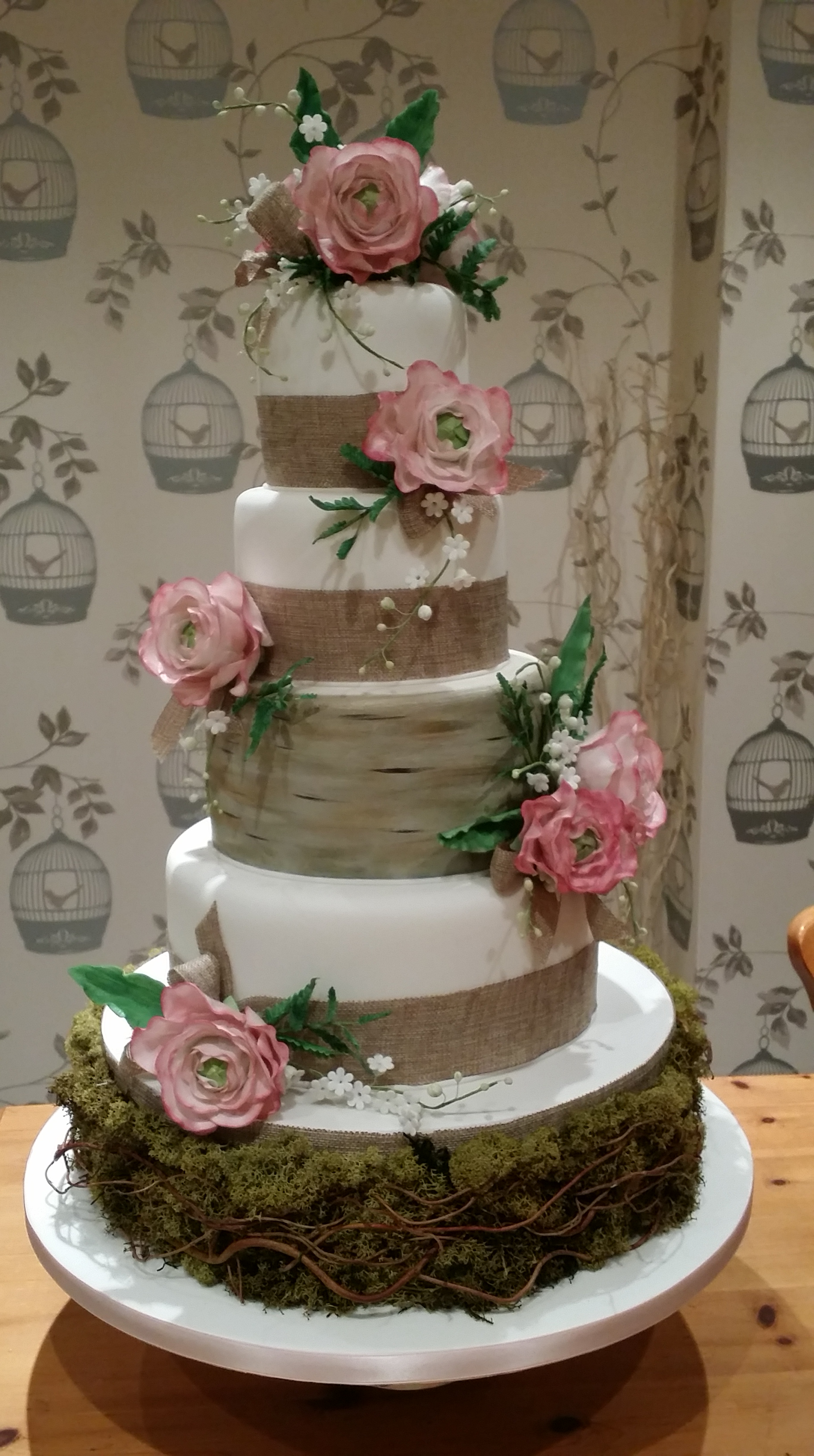 4 Tier Rustic Vintage Wedding Cake The Clever Little