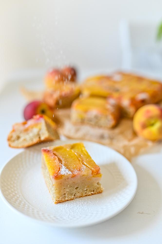 Prăjitură răsturnată