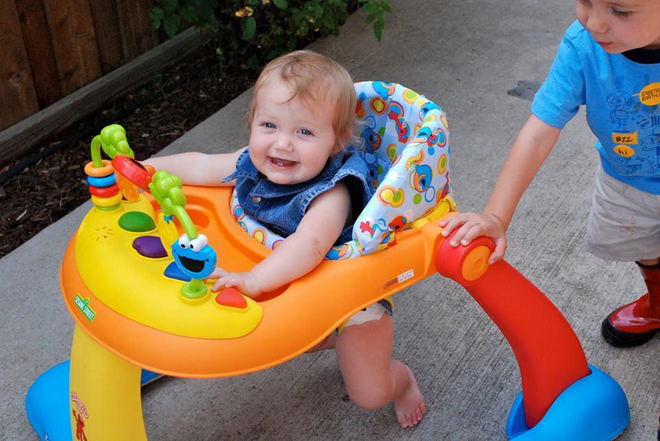 best-baby-walker-for-carpet-floor