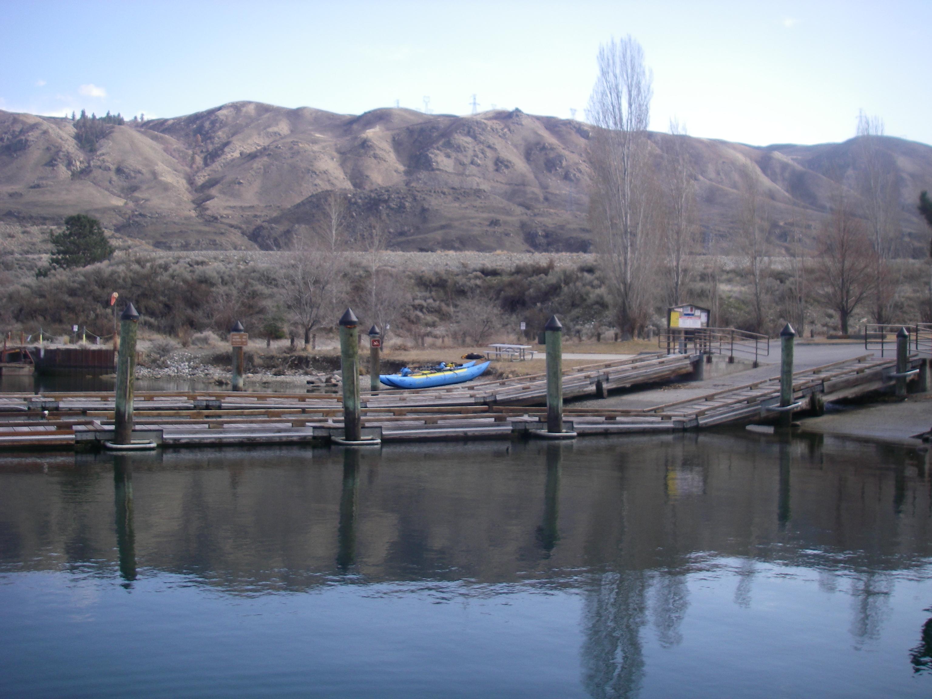 Boat Ramp just upriver of Rocky Reach Dam