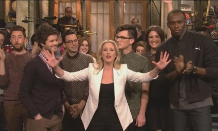 SNL #38.4 RECAP: Host Christina Applegate, musical guest Passion Pit