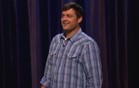 On Conan, Nate Bargatze talks about his father's magic, clowning; pranks his friend