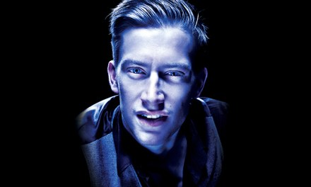 "Review: Daniel Sloss takes ""Dark"" to America"