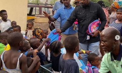 Ghanaian Actor, John Dumelo Donates 2000 Books to Students