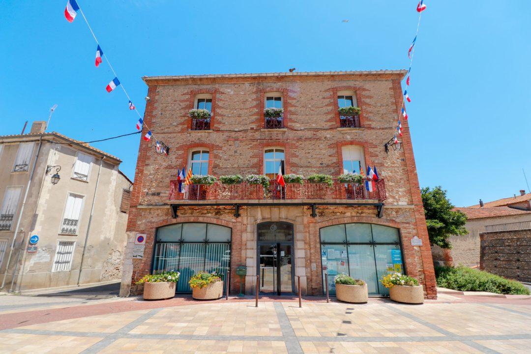 Village Canet-en-Roussillon-Mairie