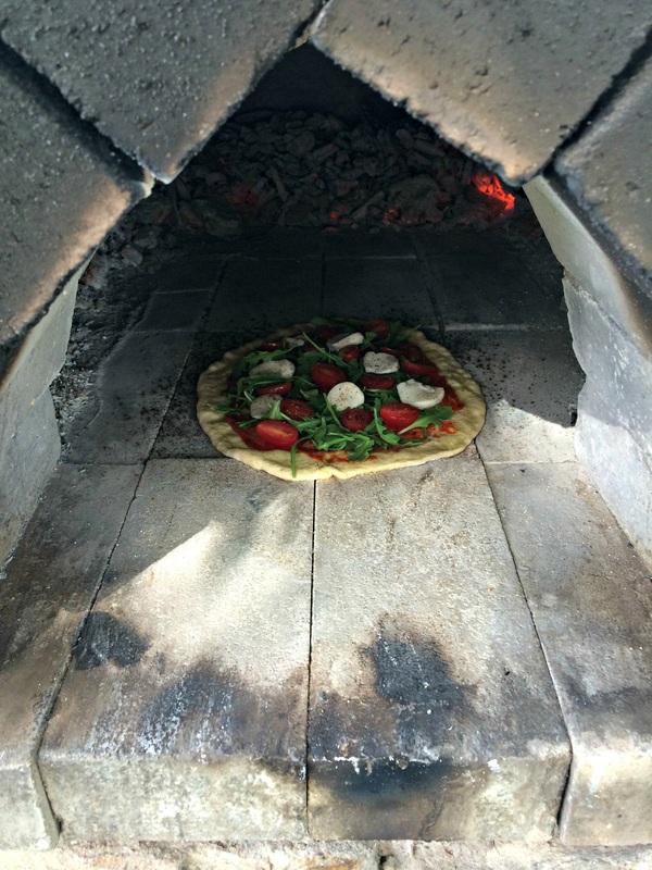 In the oven Tomato and Arugula Pizza ~ The Complete Savorist
