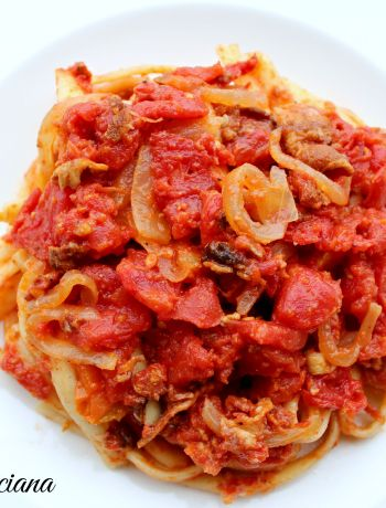 Pasta all'Amatriciana ~ The Complete Savorist