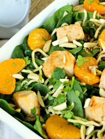 Asian Mandarin Orange Chicken Spinach Salad ~ New twist on the classic mandarin orange spinach salad with noodles and chicken all tossed in Asian-inspired dressing ~ The Complete Savorist