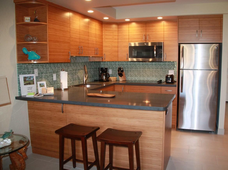 Studio Maui condo rental - kitchen - at Papakea Resort