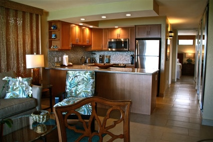 Papakea Resort oceanfront one-bedroom remodeled kitchen