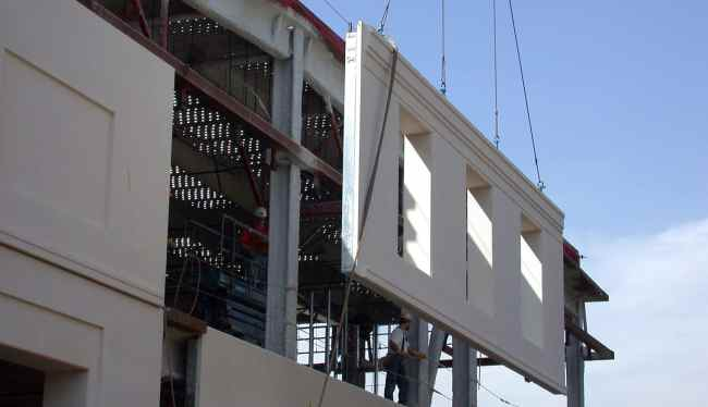 Precast Concrete Wall Construction