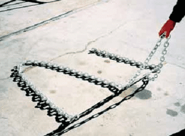 Sounding of concrete by chain dragging