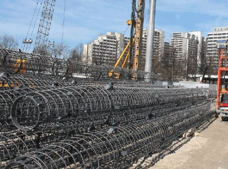 Prefabricated reinforcement cage for pile construction