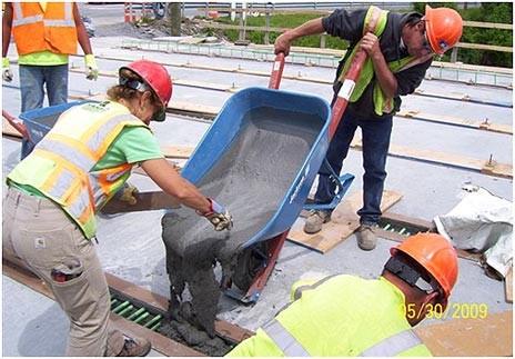 Longitudinal Connections are Cast between Deck-bulb-tee Girders on a Bridge
