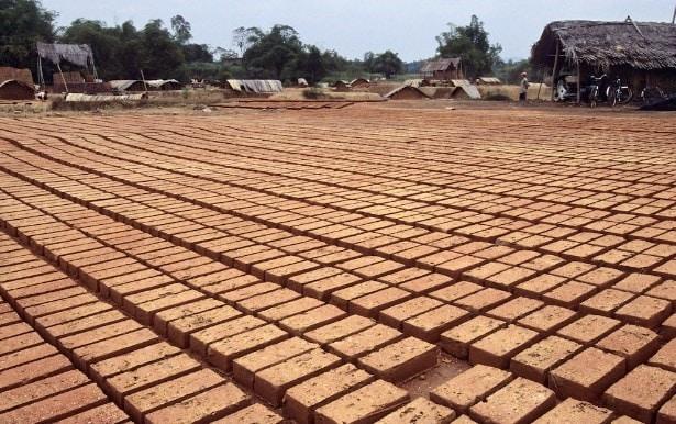 Drying of raw bricks