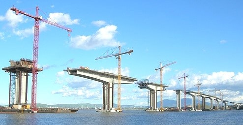 Earthquake Performance of Bridges during Construction