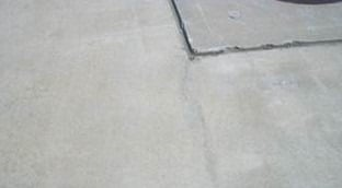 Shrinkage Cracking in Rigid Pavements