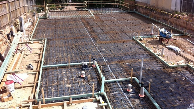 Construction of Slabs on Ground–Design Considerations Based on ACI and ASTM