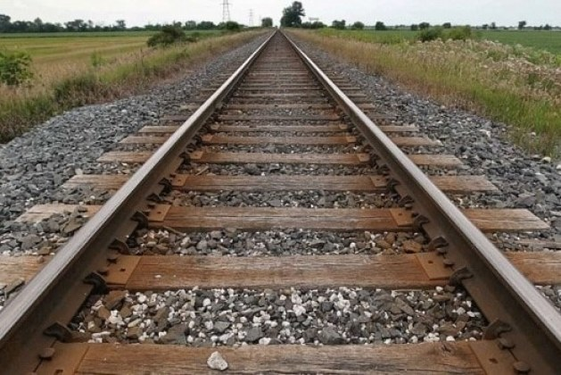Types of Railway Sleepers, Their Functions, Benefits and Drawbacks