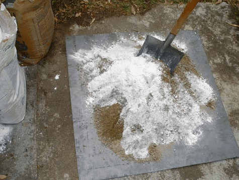 Mixing of Lime Concrete