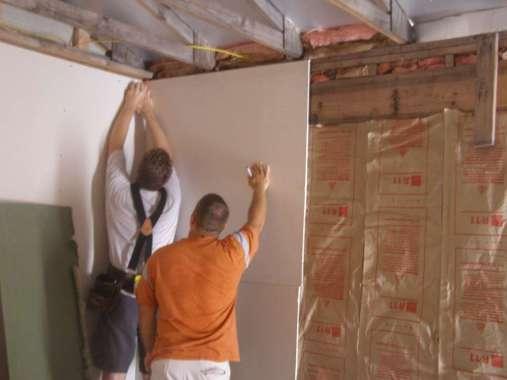 Drywall Installation from Left top Corner-Image Courtesy-sites.austincc.edu