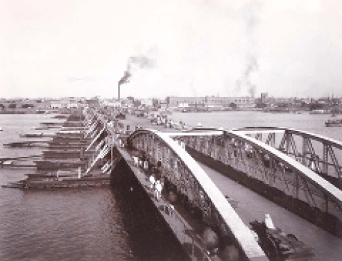 Pontoon Bridge before the construction of Howrah Bridge