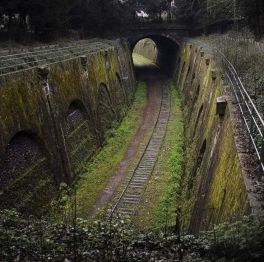 Off-Spur Tunnels
