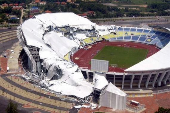 Collapse of roof of Sultan Mizan Zainal Abidin Stadium, Malaysia