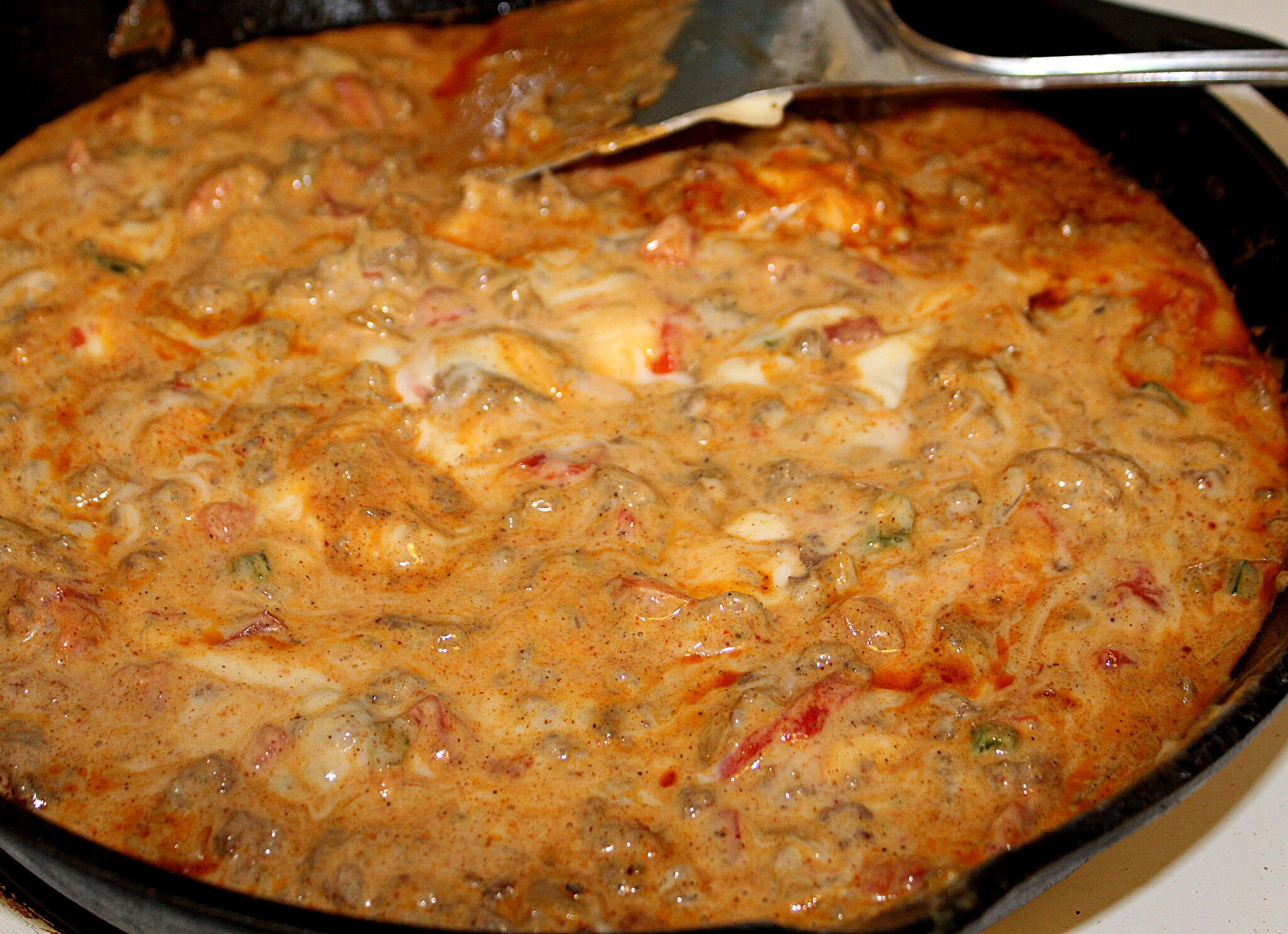 spicy sausage rotel queso cheese dip