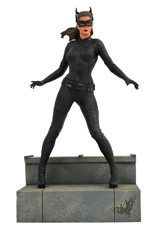 Diamond Select Movie Gallery Dark Knight Rises Catwoman PVC Diorama